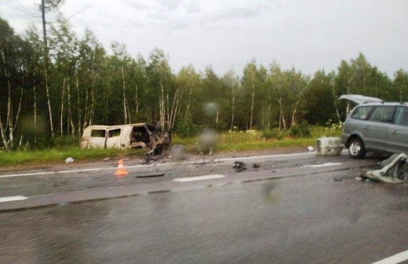 Авария произошла утром 3 июля. Водитель «Хендай» выехал на встречную полосу на участке дороги, гд