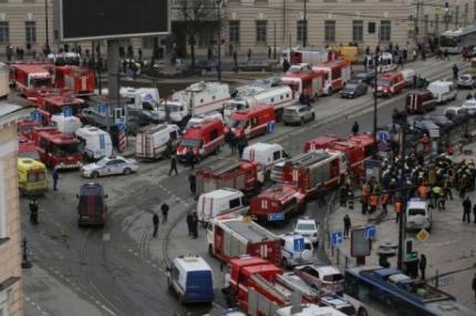 «Три человека скончались в агонирующем состоянии после взрыва от травм, несовместимых с жизнью, -
