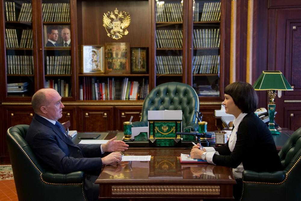 Маргарита Павлова отметила, что на сегодня в регионе много не исполненных судебных решений по это