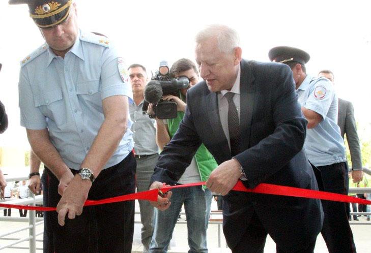 Церемонию открывали мэр города Евгений Тефтелев и начальник облас