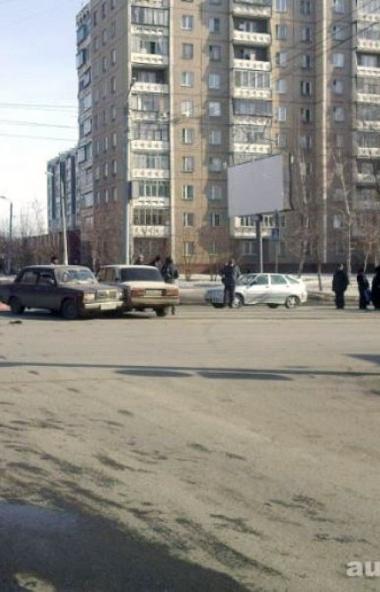 В Челябинске на перекрестке улиц Котина и Горького, а также на перекрестке улиц Артиллерийской и