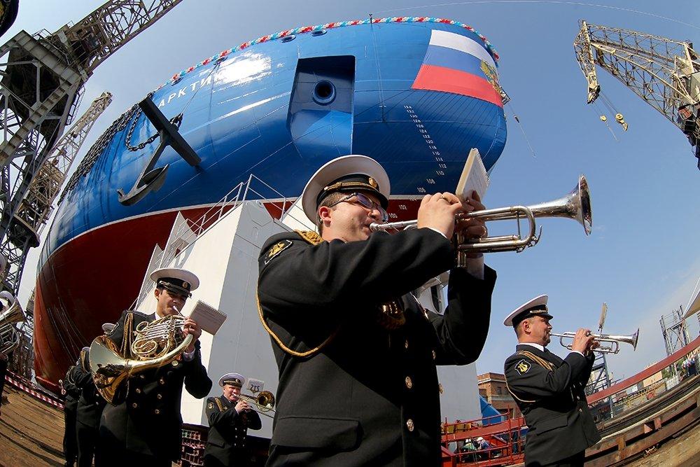 На долю ММК приходится более половины всех поставок металла для российской судостроительной отрас