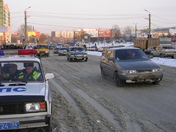 Вчера, 17-го января, в 17 часов 20 минут на улице 1-й Пятилетки, 14 водитель автомобиля «БМВ» сов