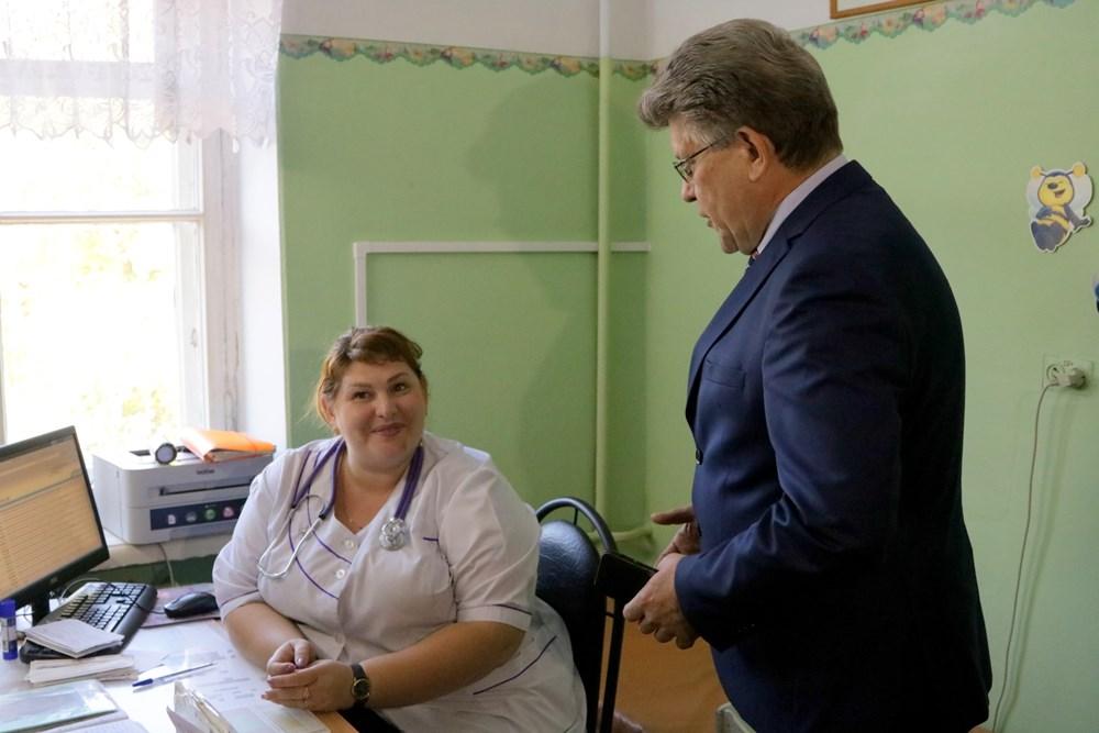 Отмена интернатуры ведет к дефициту узкоспециализированных медицинских кадров. Депутаты Законодат
