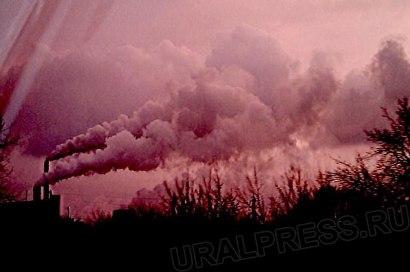 В Октябрьском, Копейске и южных пригородах Челябинска наблюдается сильный смог от Коркинского раз