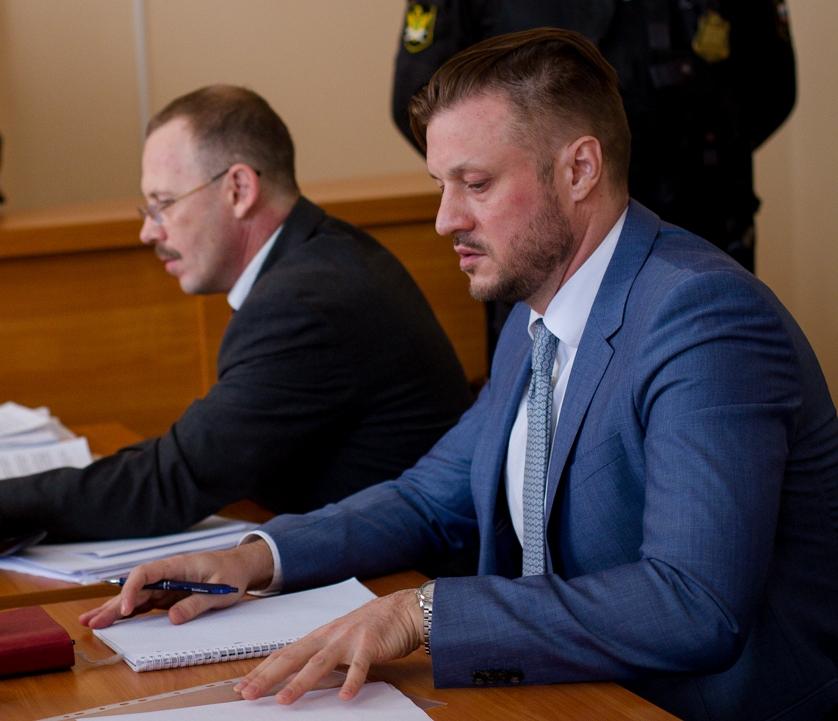 Напомним, судебные разбирательства в отношении Сандакова ведутся сразу по двум делам. Одно старто