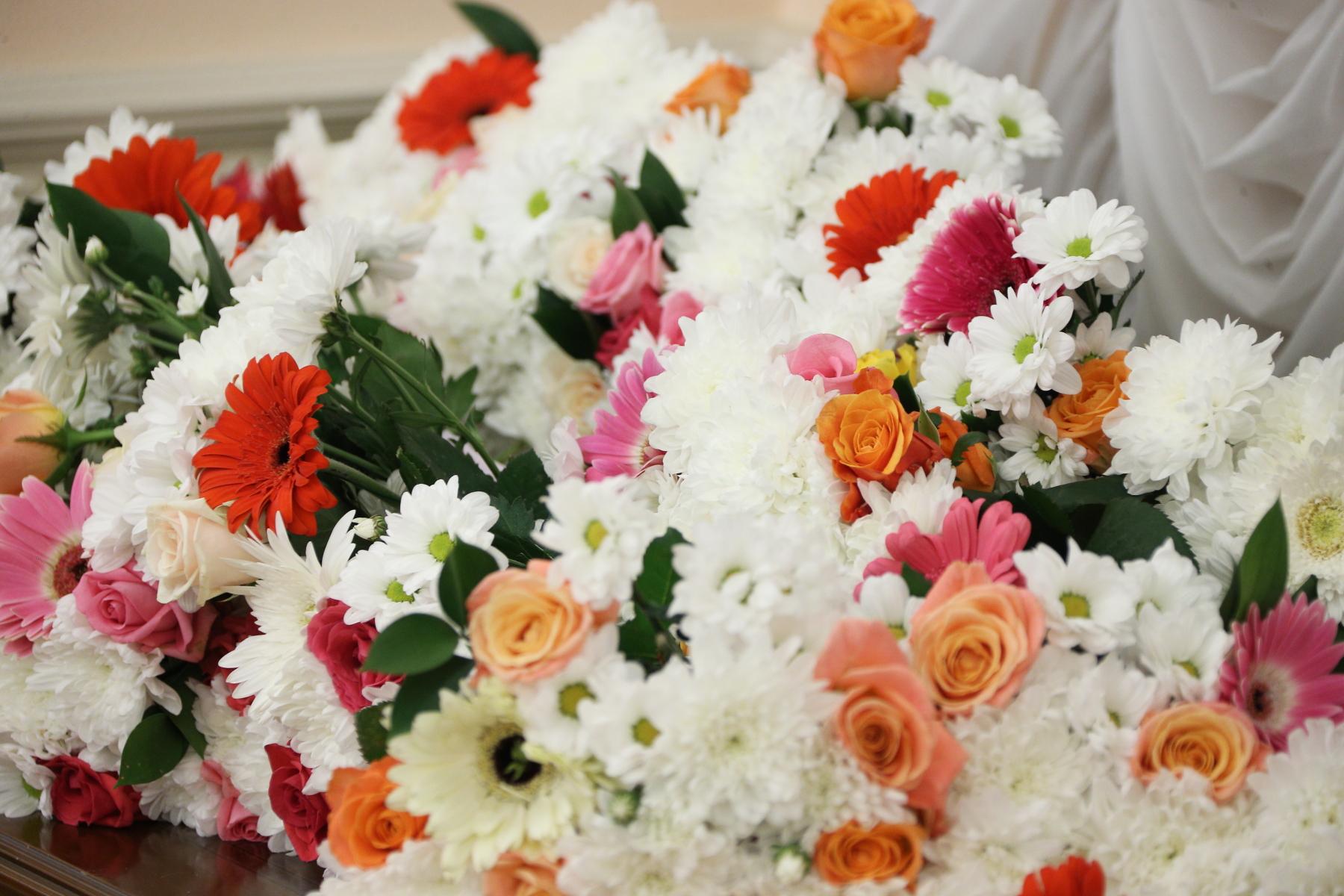 Сегодня, пятого октября, в России отмечают замечательный праздник - День учителя. По этому случаю