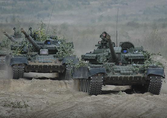 Более 1,5 тысячи военнослужащих частей танковой дивизии, дислоцированных в Челябинской области, з