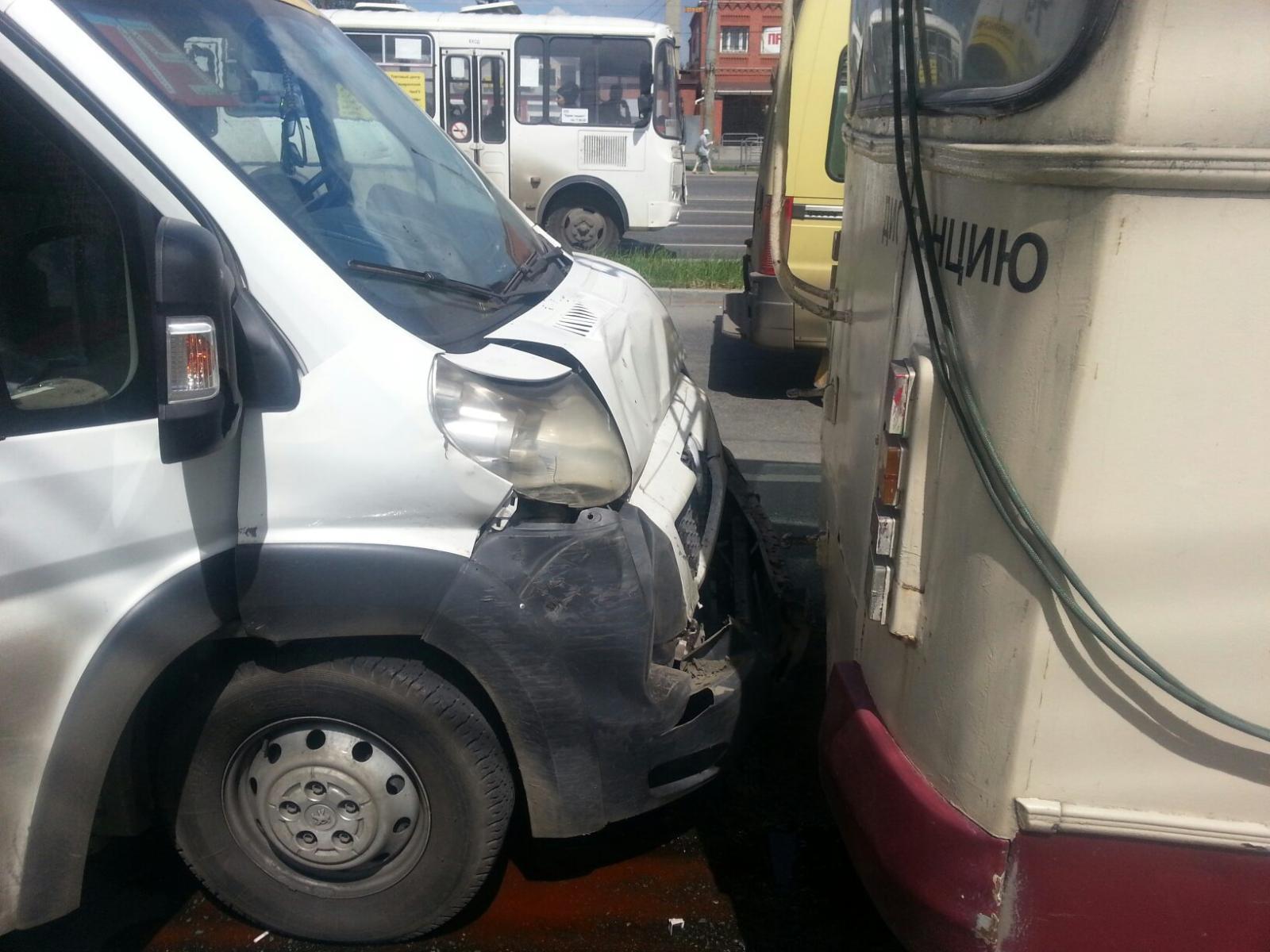 Как сообщили агентству «Урал-пресс-информ» в УГИБДД города, дорожно-транспортное происшествие про