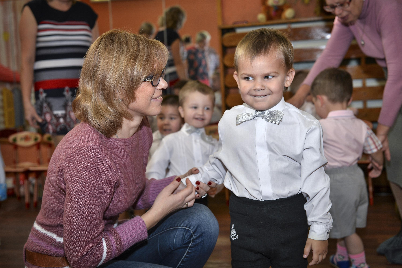 Шесть семей в Челябинской области подписали согласие на принятие в семью 9 детей из государственн