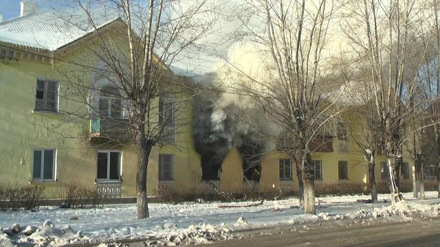 Как сообщили агентству «Урал-пресс-информ» в пресс-службе ГУ МЧС области, сообщение о пожаре в дв