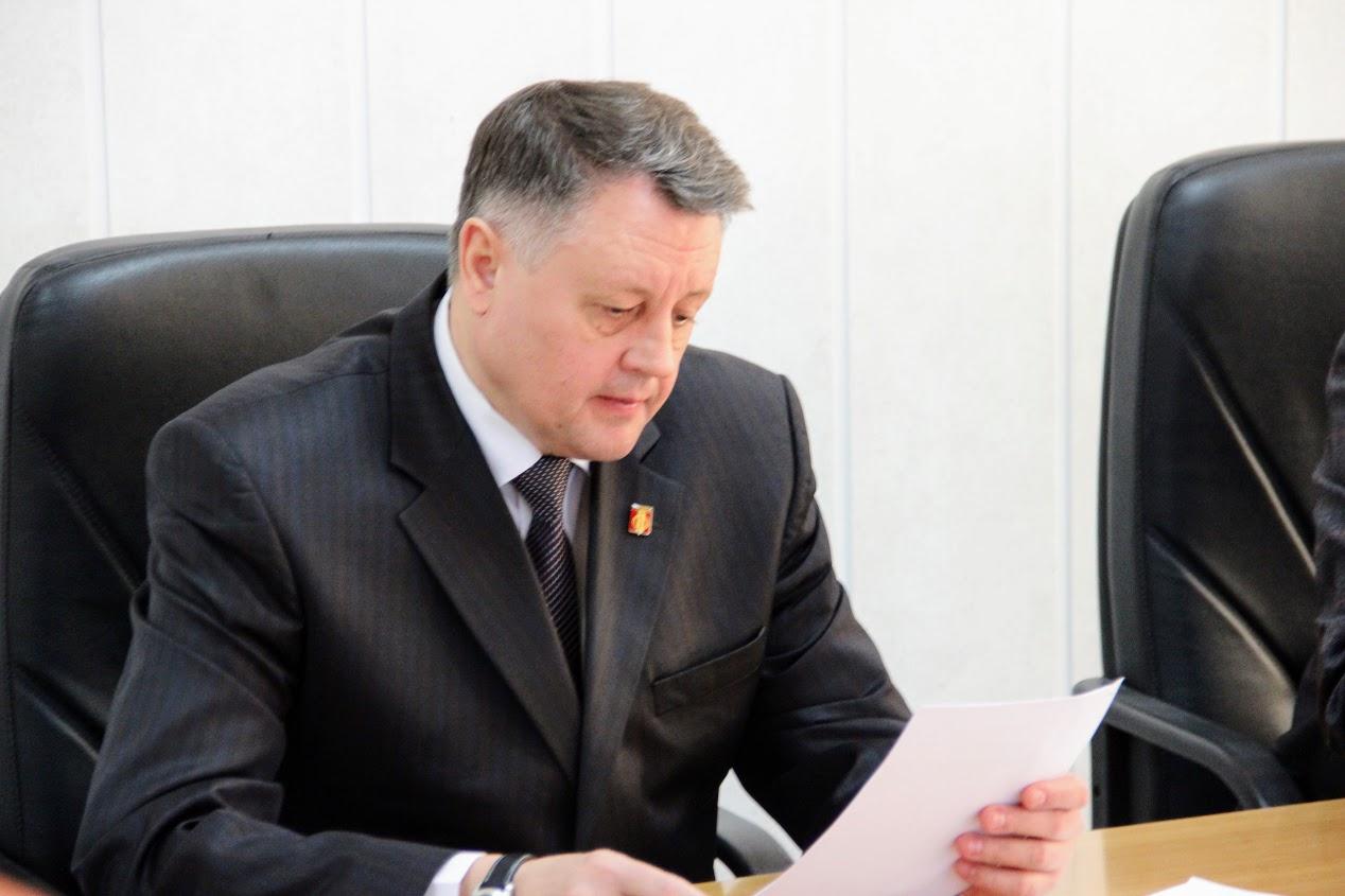 Как сообщили агентству «Урал-пресс-информ» в пресс-службе мэрии, Валерий Устинов намерен представ
