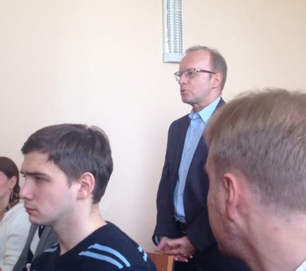 Александр Подопригора познакомился с Николаем Сандаковым в сентябре 2010 года в Озерске во время