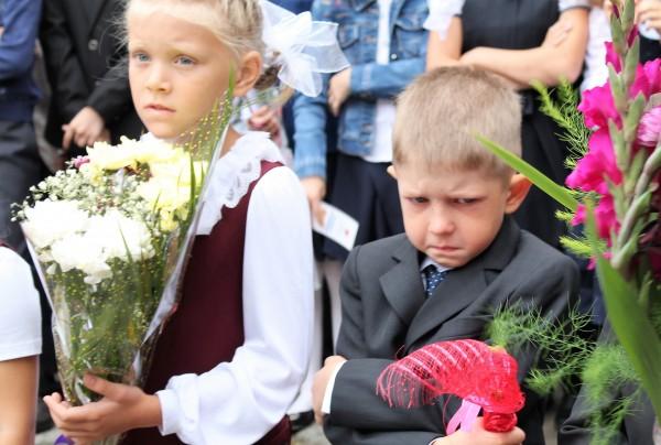 «Накануне 1 сентября администрации школ № 11 и 22 получили подарки, пообещав передать их первокла