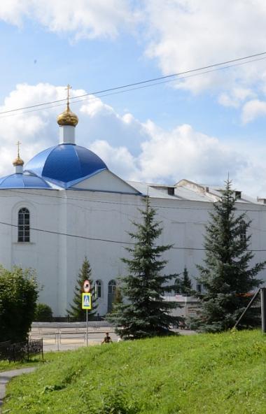 Неравнодушных жителей Челябинской области просят помочь отреставрировать старинный храм в Нязепет