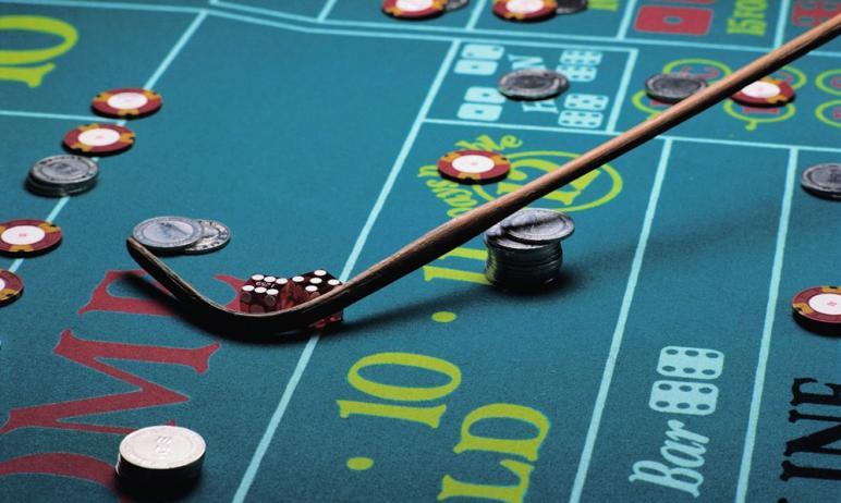 В Челябинске на Кировке в баре Bla Bla Bar работало нелегальное казино. Решается вопрос о возбужд