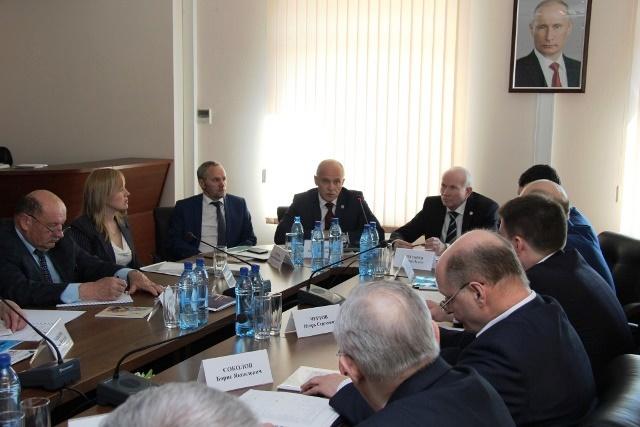 Как сообщили агентству «Урал-пресс-информ» в пресс-службе ЮУТПП, собравшиеся обсудили лучшие прак