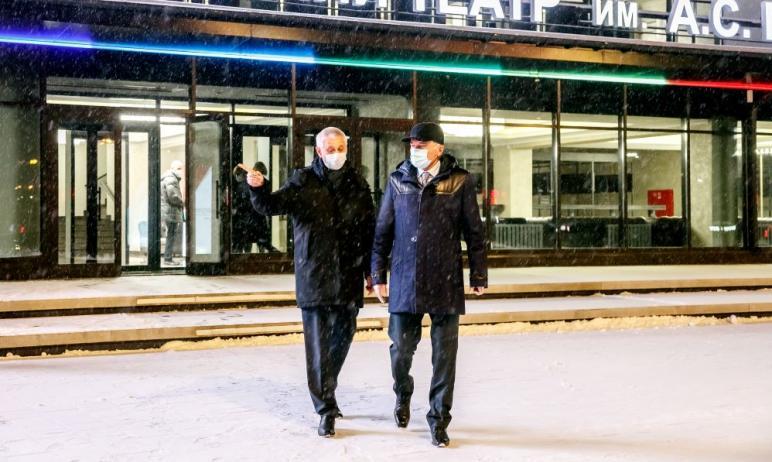 В Челябинской области председатель совета директоров ПАО «ММК» Викто