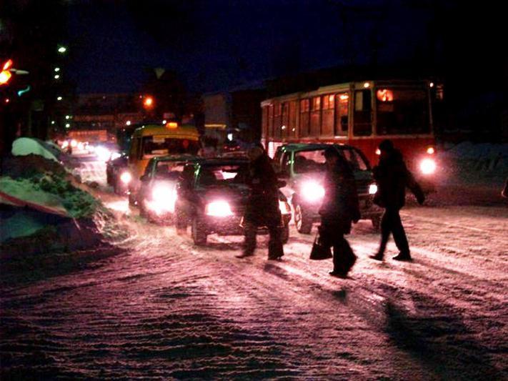 Челябинск сковали многокилометровые пробки. По данным сервиса «Яндекс.Пробки», сейчас на дорогах