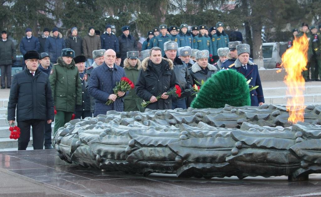 Как рассказали агентству «Урал-пресс-информ» осведомленные источники, приглашение на инаугурацию