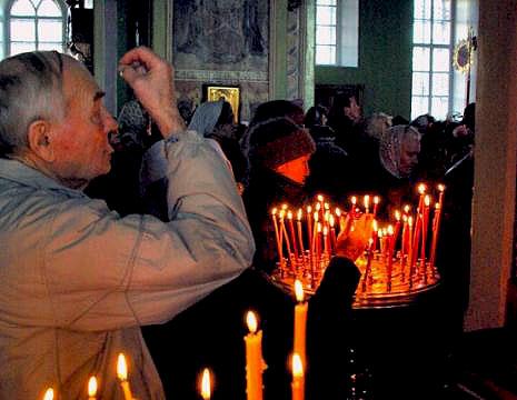 Третье воскресенье поста называется Крестоприклонным. В субботу накануне этого дня в церкви вынос