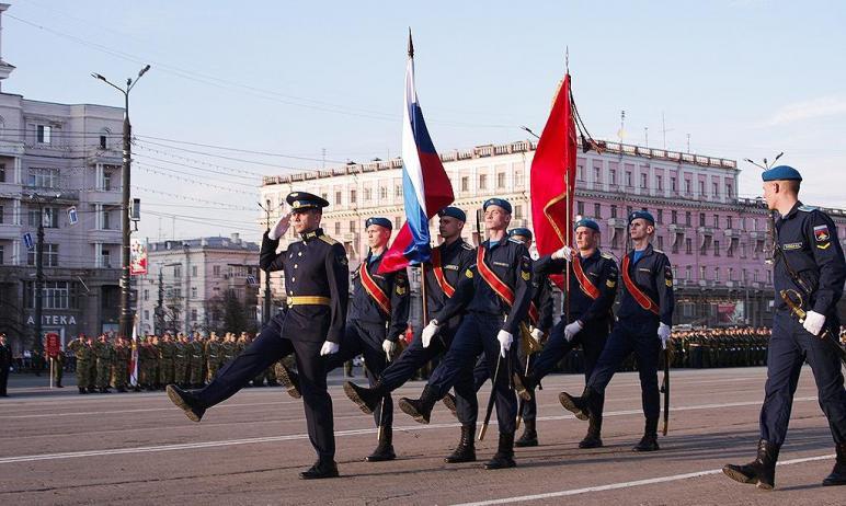 Челябинск начинает подготовку к параду Победы.  Уже сегодня, 19-го апреля, в 18 часов на