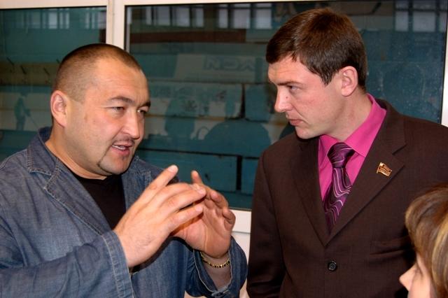 В турнире приняли участие  четыре дворовых  команды из Челябинска и его окраин. Для многих ребят