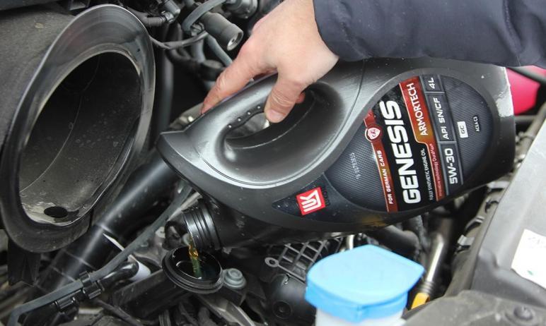 Синтетические моторные масла из серии Lukoil Genesis Armortech позиционируются как смазочные мате