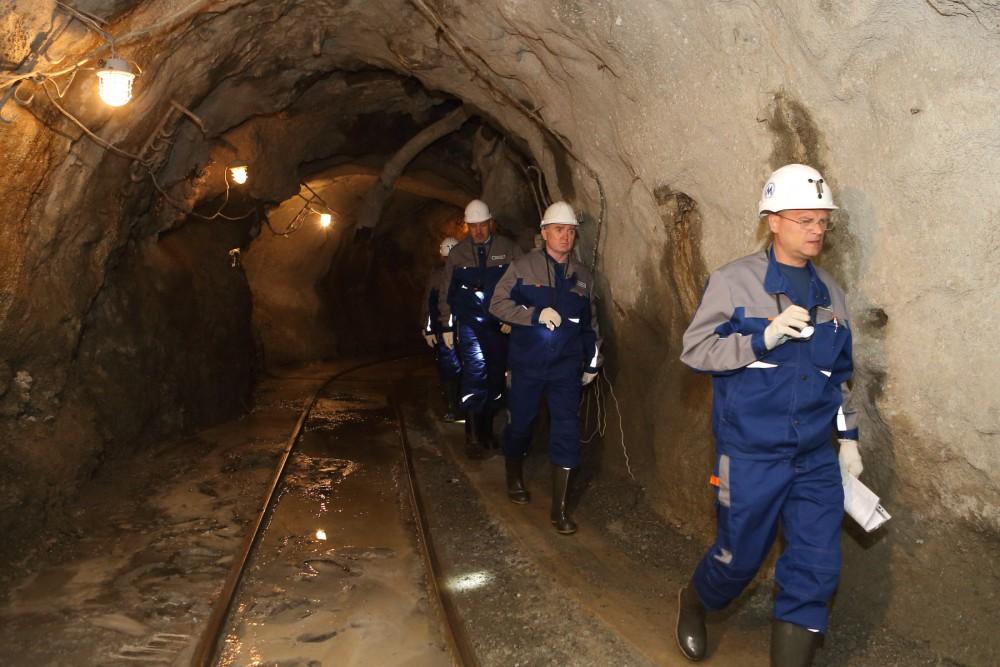Соответствующее поручение глава региона дал челябинским властям после объектов строительства метр