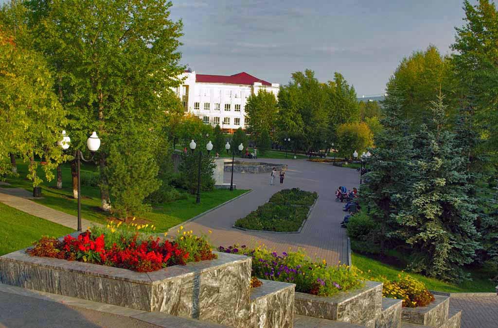 Челябинск признан самым благоустроенным городом в Челябинской области за 2017 год среди крупных г