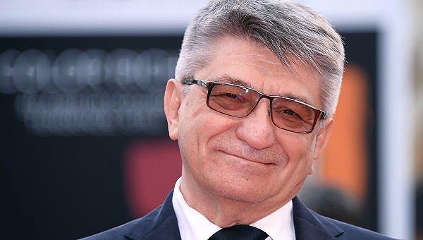 Открылся фестиваль предпремьерным показом нового фильма режиссера «Франкофония», удостоенного дву