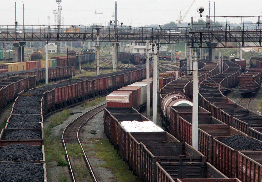 В Челябинске расследуют обстоятельства трагической гибели помощника машиниста локомотива, тело ко