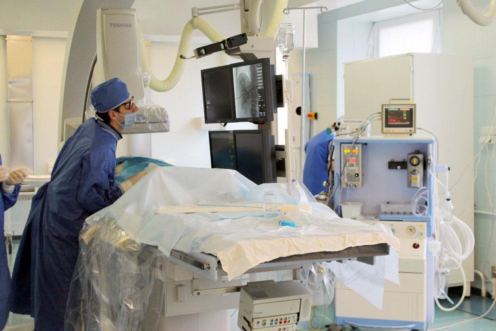 Как сообщили агентству в больнице, у 58-летнего пациента был диагностирован критический порок аор