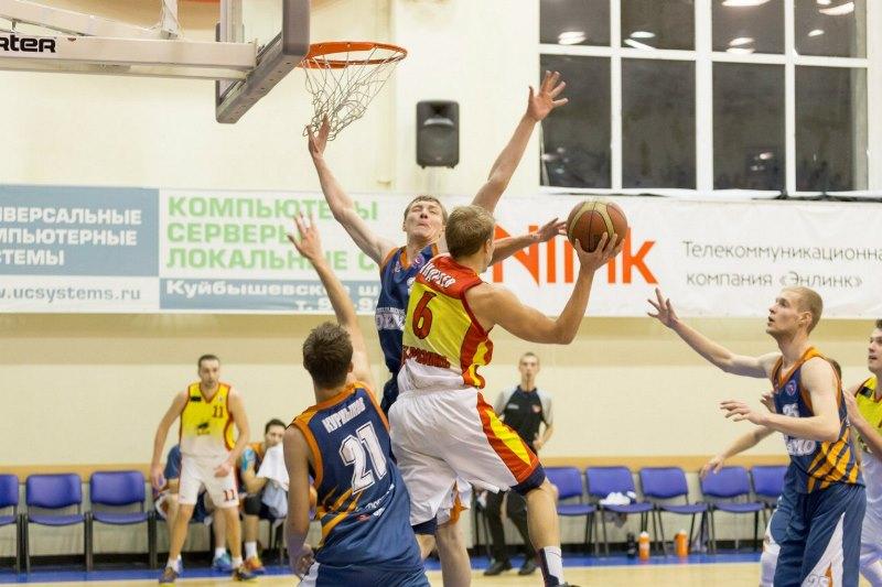Это была вторая игра серии, в октябре в Челябинске «Динамо» также проиграли рязанцам. Как