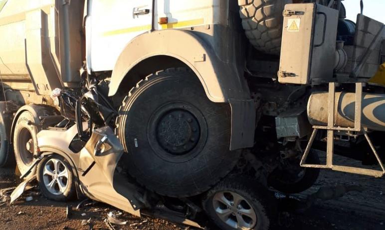 Полиция возбудила уголовное дело по факту смертельной аварии, в которой автомобиль Киа Соренто ок