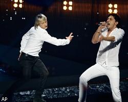 По результатам зрительского голосования российский певец Дима Билан с песней