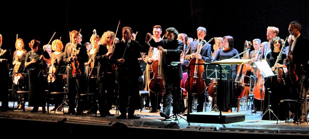 На сцене Челябинского театра оперы и балета 16 сентября прошел единственный концерт легендарного