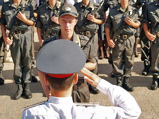 Студенты вузов смогут получить военную специальность, не проходя срочную службу. О новом эксперим
