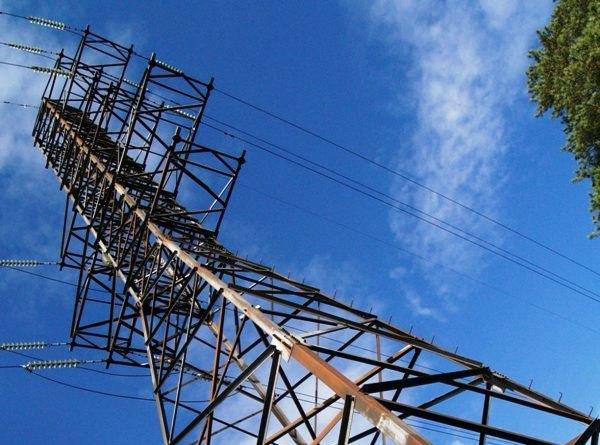 Специалисты Челябинских городских электрических сетей филиала ОАО «МРСК Урала» - «Челябэнерго» за