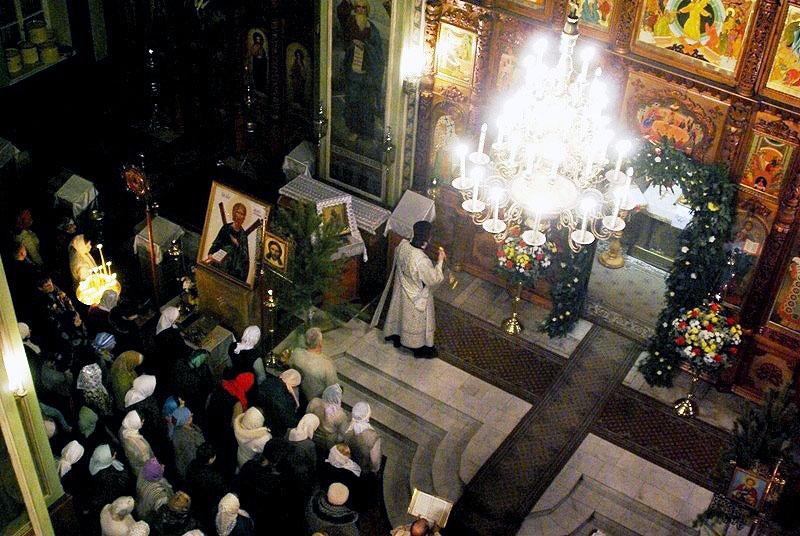 В храмах Челябинской области сегодня утром, 6 января, была отслужена последняя литургия Рождестве
