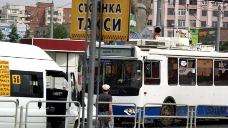 «С одной стороны, по закону, перевозчики не обязаны согласовывать повышение стоимости проезда. С