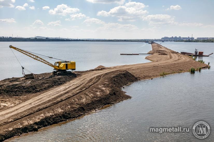 В акватории Магнитогорского водохранилища вступает в завершающую стадию строительство разделитель
