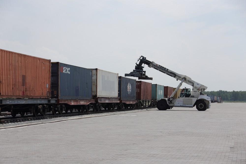 Как сообщил директор компании «Сюнь Май» корпорации «GTS» Юн Кан, сегодня на территории Китая дей