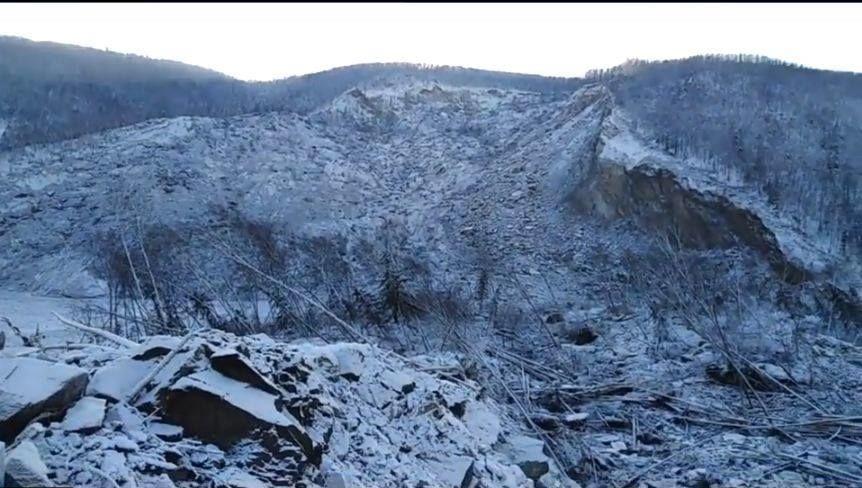 В районе обрушения сопки в Хабаровском крае ученые выявили термическую аномалию. Доцент кафедры т