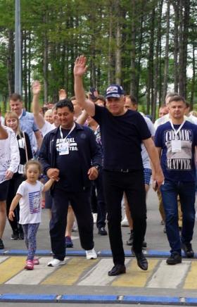 В Магнитогорске в парке «У Вечного огня» прошло торжественное открытие нового спортивно-благотвор