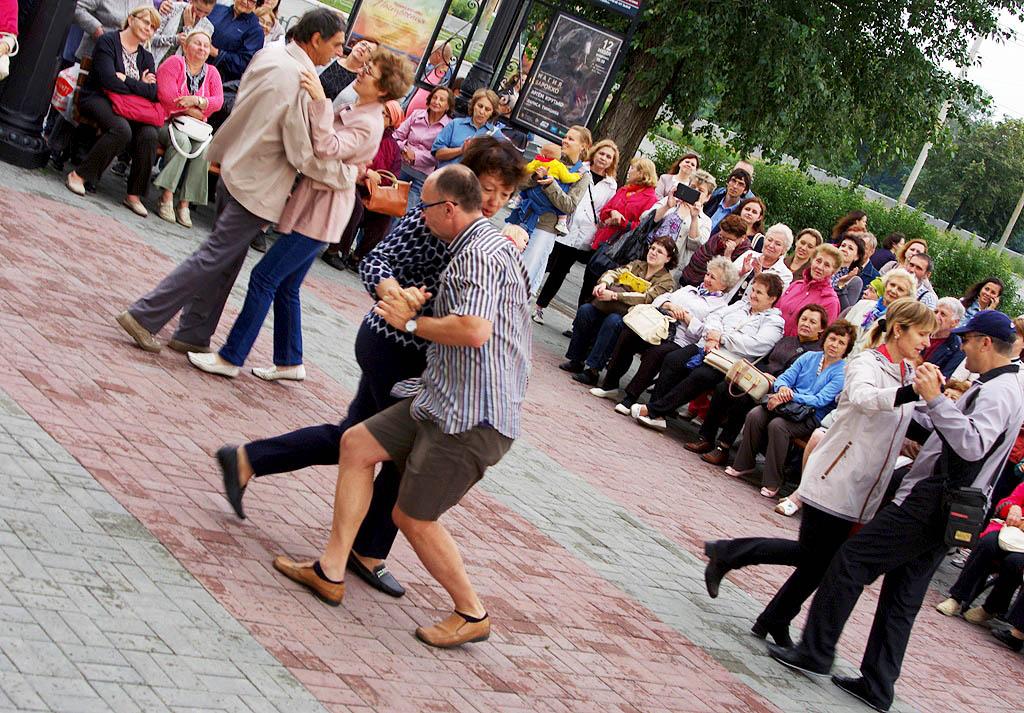 Коллективы и солисты Челябинской филармонии радуют горожан и гостей города музыкой всех времен и