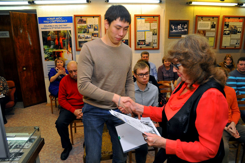 С будущими защитниками Отечества встретились представители администрации комбината, ветераны ЧМК