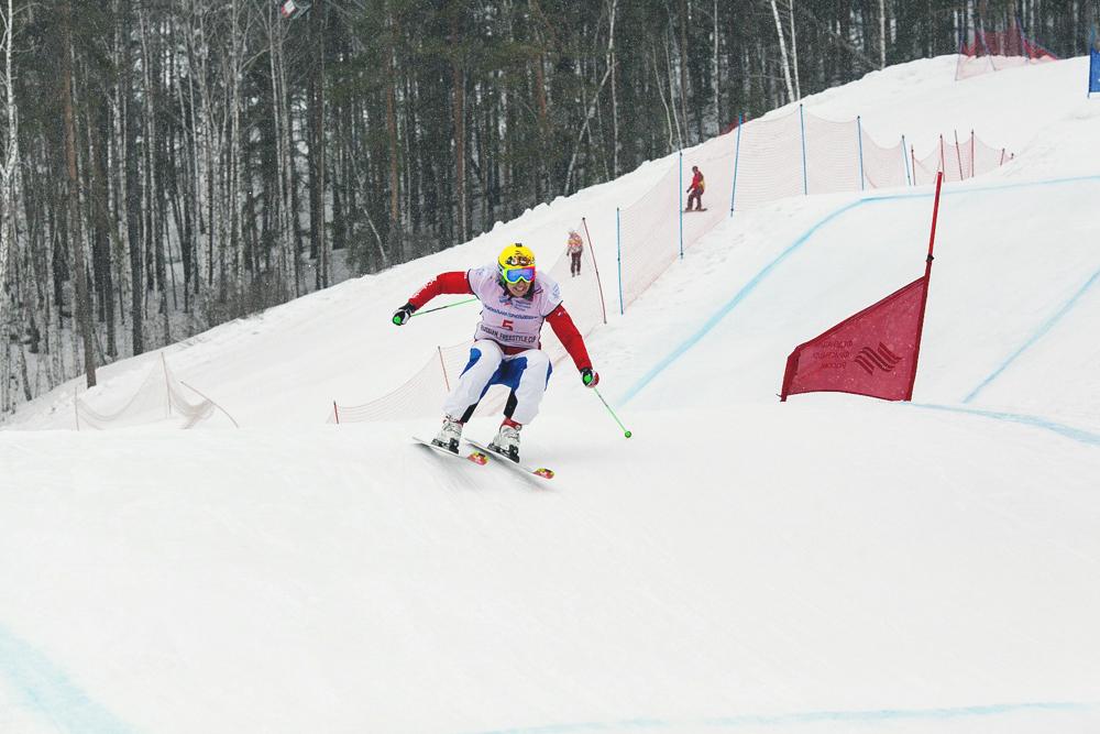 Как сообщили агентству «Урал-пресс-информ» в пресс-службе ГЛК, ведущие российские ски-кроссмены,