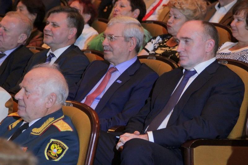 Обращаясь к собравшимся со словами благодарности, Владимир Мякуш подчеркнул, что трудовые подвиги