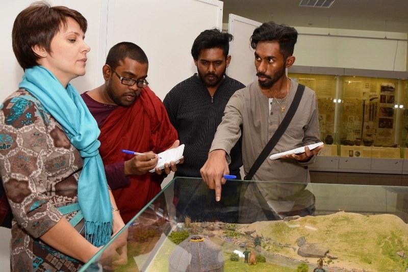 Как сообщили агентству «Урал-пресс-информ», в музее, изучающие русский язык студенты из Ирака, Ег